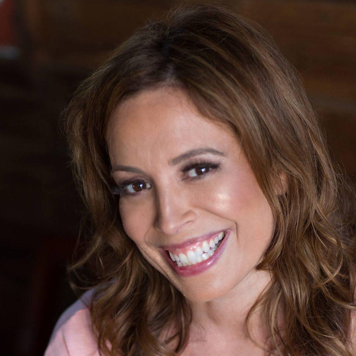 Dr. Cynthia Costa